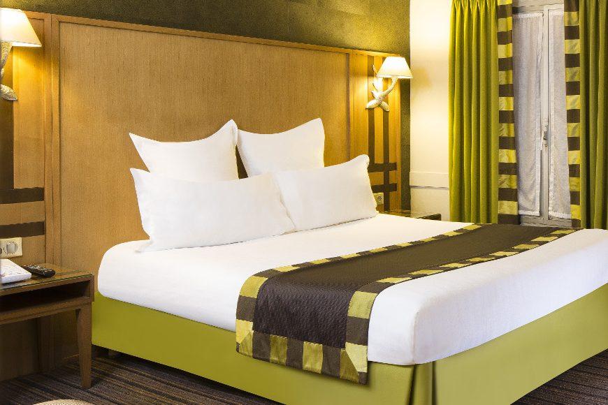 chambre double confort h tel mondial paris meilleur tarif garanti. Black Bedroom Furniture Sets. Home Design Ideas